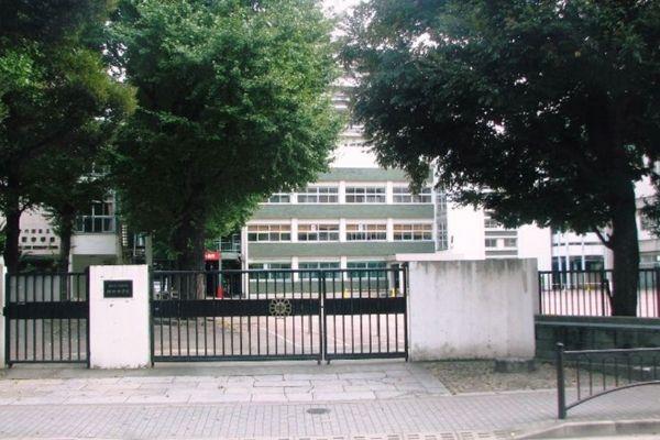 永田町小学校